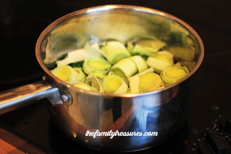 veggie-soup-boiling